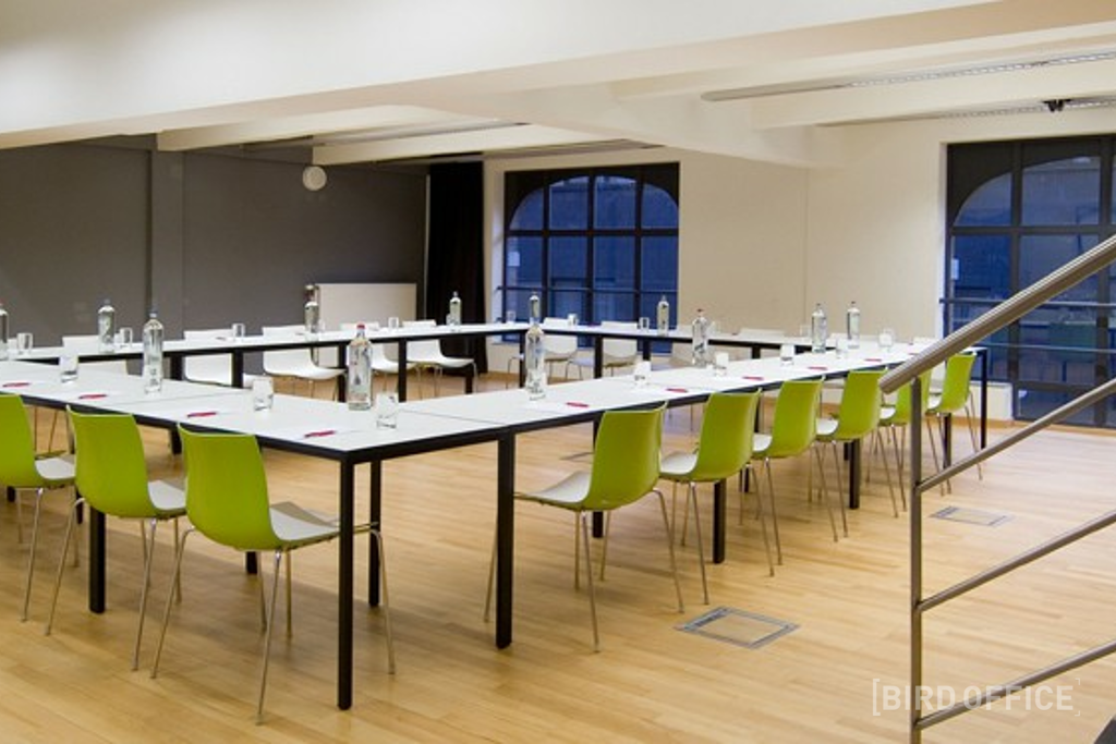 Configurable conference room up to 80 people in the historical center of  Mechelen