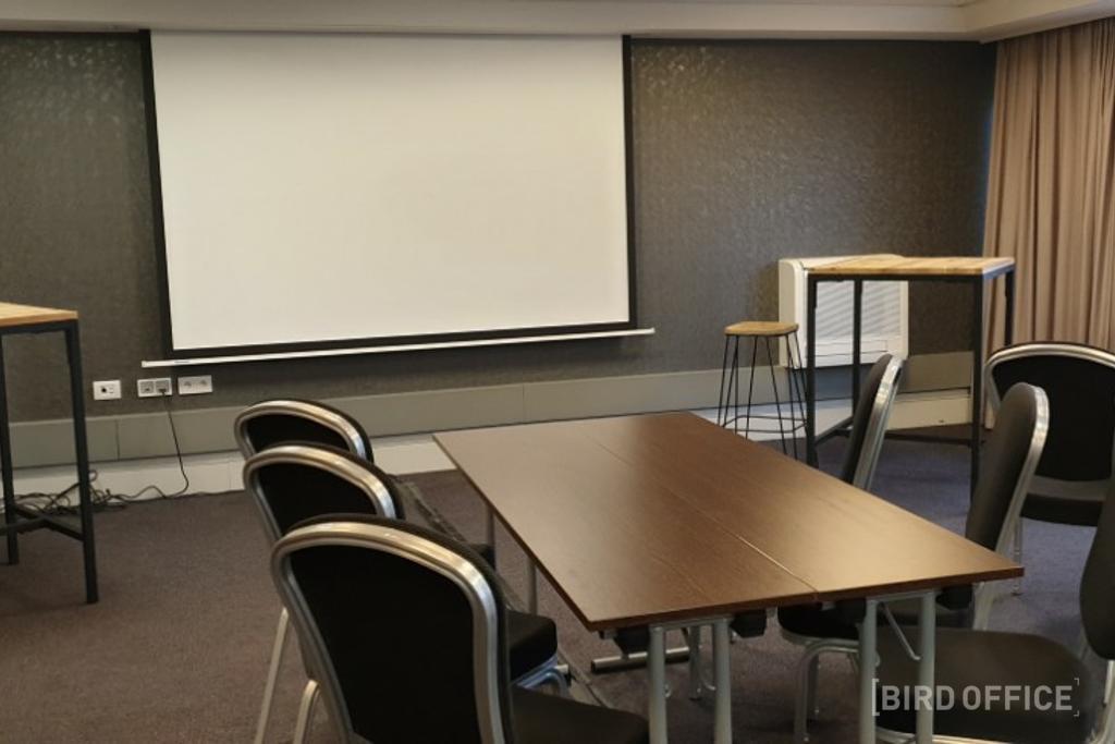 Salle de travail moderne Bruxelles: organiser une présentation
